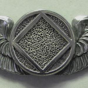 2131 Lapel Pin Large Wins w NA Service Symbol